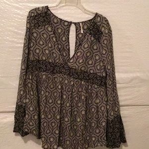 Free people tunic with split sleeves